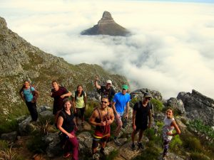 hikers on India Venster with Lion's Head in the background